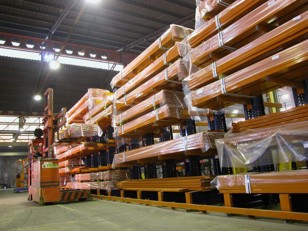 конзолни стелажи за склад